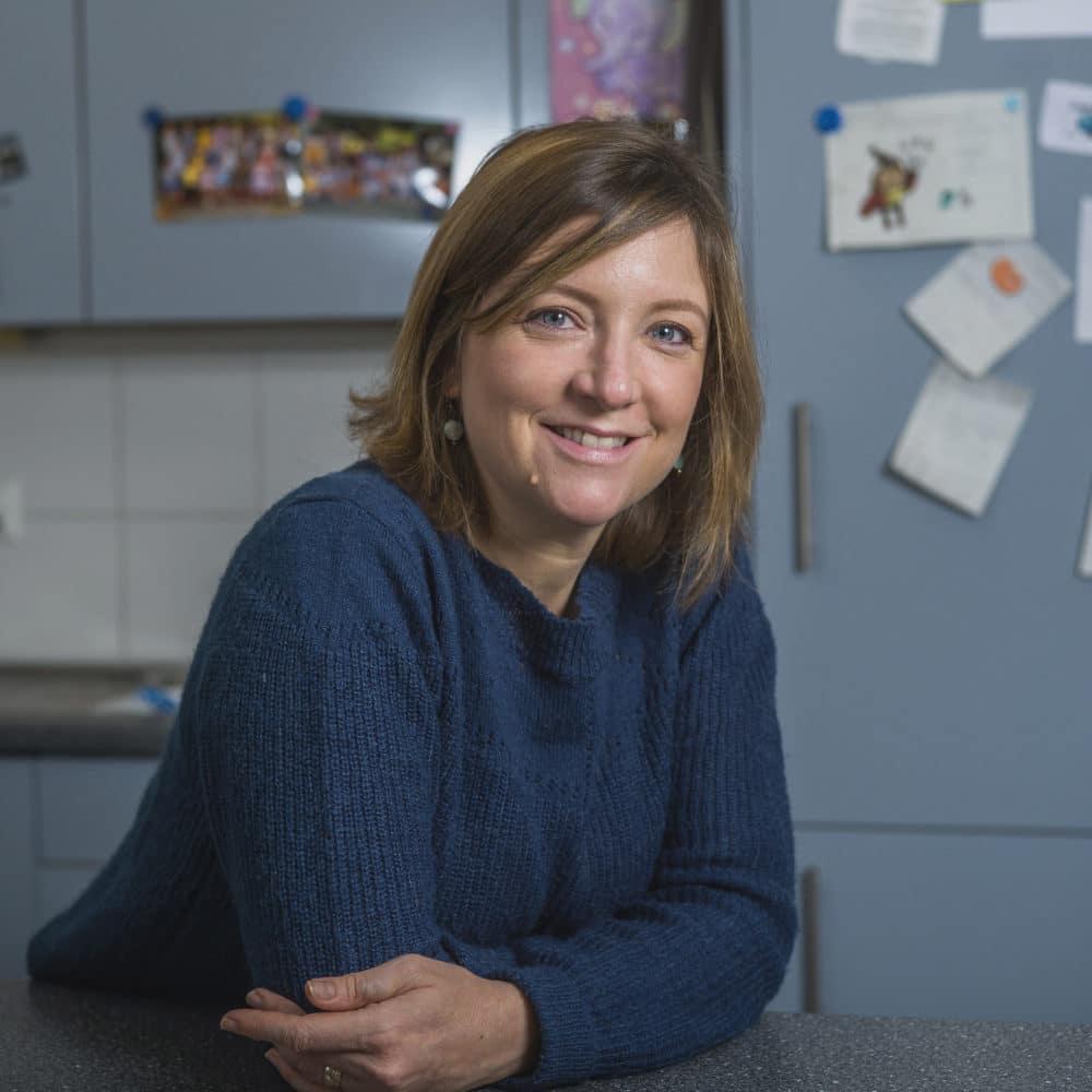 Portrait de Tamara, membre du Forum Citoyen de Genève