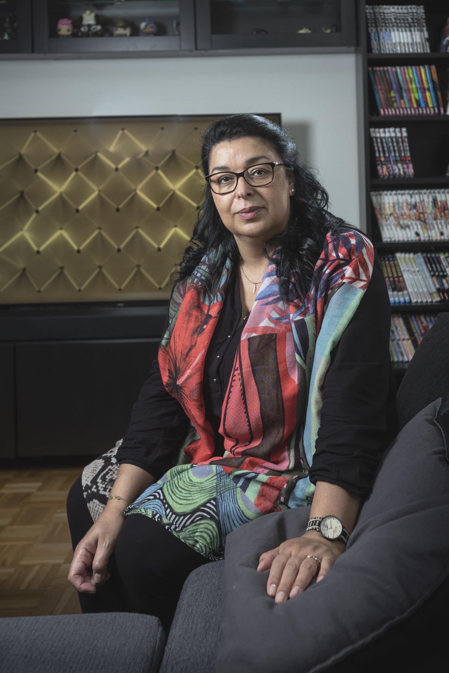 Portrait de Faiza, membre du Forum Citoyen de Genève